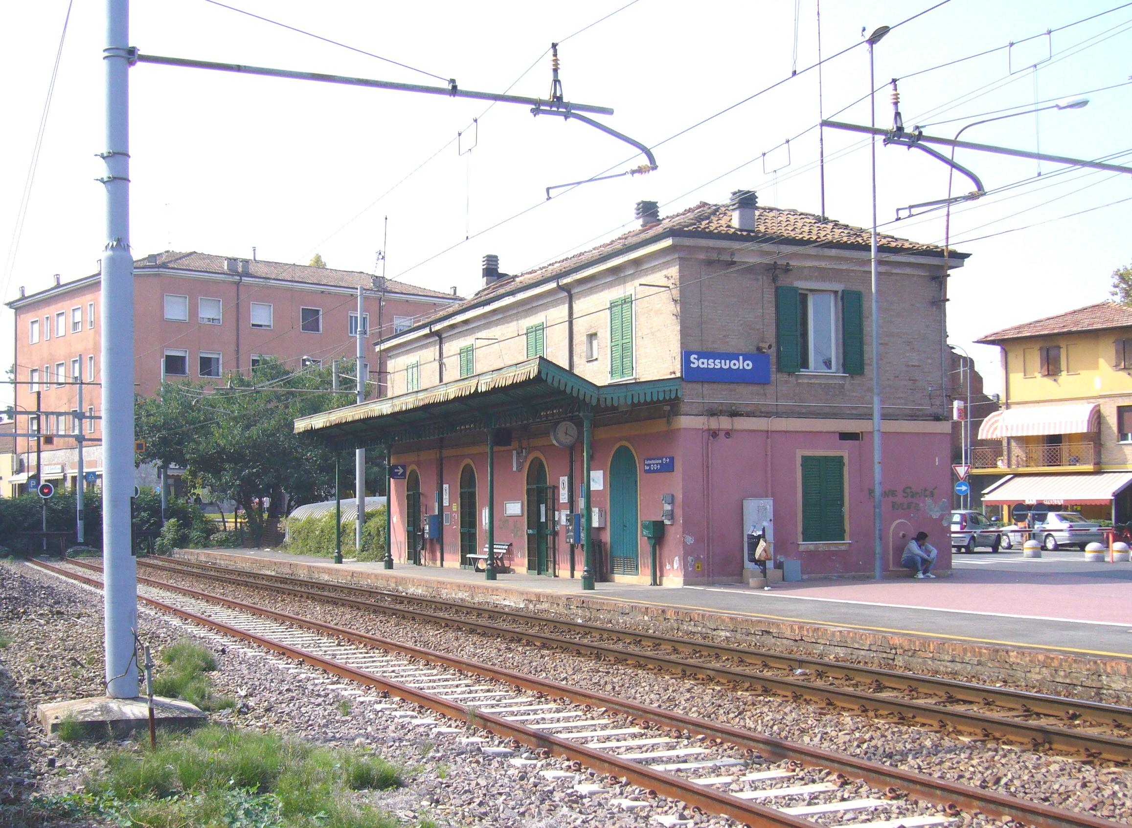 Linea ferroviaria Modena-Sassuolo